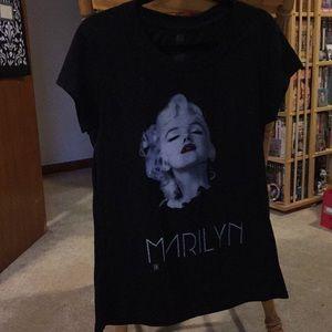 Tops - Marilyn Monroe Shirt
